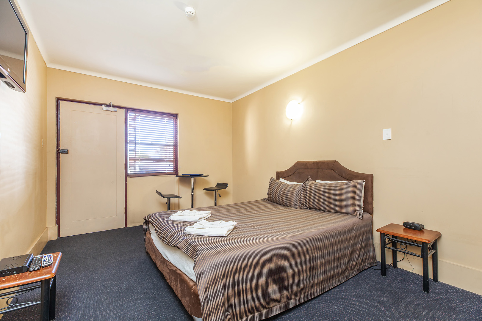 the-flinders-hotel-motel-motel-room-double-accommodation