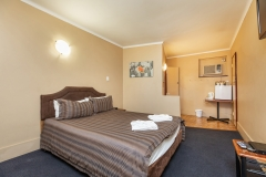 the-flinders-hotel-motel-motel-room-double