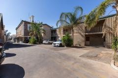 the-flinders-hotel-motel-motel-rooms-parking