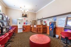 the-flinders-hotel-motel-pokies-gaming-room